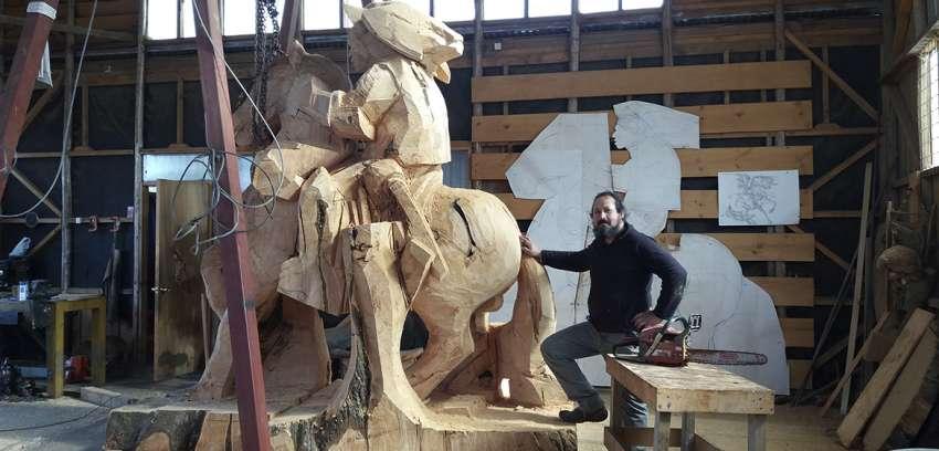 El Escultor de los Gigantes en Madera
